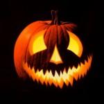Los alimentos naranjas esperan la noche de Halloween