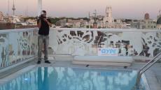 hotel con piscina madrid